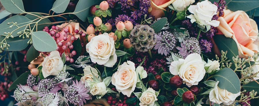 Top 10 Wedding tasks - Flower Power
